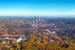 Άποψη Wat Angkor από το καυτό μπαλόνι αέρα, Ασία η Καμπότζη συγκεντρώνει siem Στοκ Εικόνες