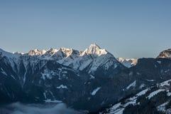 Άποψη Zillertal Αυστρία 9 παγετώνων βουνών ανατολής Στοκ Εικόνα
