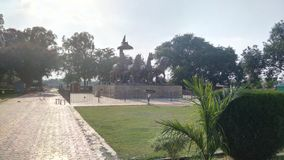 Άρμα σε Brahma Sarovar, Kurukshetra στοκ εικόνες