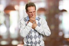 Άρρωστο άτομο που έχει βαριάς μορφής μόλυνση στοκ εικόνα με δικαίωμα ελεύθερης χρήσης