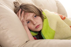 άρρωστο και δυσαρεστημένο παιδί Στοκ φωτογραφία με δικαίωμα ελεύθερης χρήσης