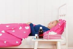 Άρρωστο κορίτσι εφήβων στοκ φωτογραφία