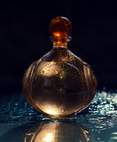 Άρωμα με τις πτώσεις νερού Στοκ φωτογραφία με δικαίωμα ελεύθερης χρήσης