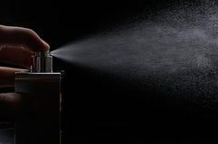 Άρωμα ψεκασμού στο Μαύρο στοκ εικόνες