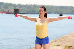 Άσκηση από τον ποταμό Στοκ εικόνες με δικαίωμα ελεύθερης χρήσης