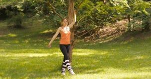 άσκηση των νεολαιών πάρκων &k απόθεμα βίντεο
