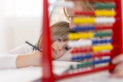 Άσκηση math με τον άβακα Στοκ Φωτογραφία