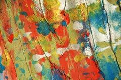 Άσπρα ασημένια πορτοκαλιά μπλε κόκκινα κτυπήματα υποβάθρου και βουρτσών σημείων κρητιδογραφιών κέρινα, χρώματα, σημεία στοκ φωτογραφία με δικαίωμα ελεύθερης χρήσης