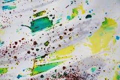 Άσπρα γκρίζα χρυσά γαλαζοπράσινα κόκκινα κέρινα φω'τα, κέρινο χειμερινό υπόβαθρο Στοκ φωτογραφία με δικαίωμα ελεύθερης χρήσης