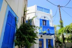 Άσπρα ελληνικά σπίτια στο νησί Nisyros Στοκ Εικόνα