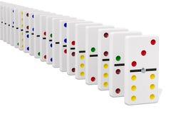 Άσπρα κεραμίδια ντόμινο στη σειρά στο άσπρο υπόβαθρο τρισδιάστατη απόδοση ελεύθερη απεικόνιση δικαιώματος