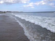 Άσπρα κύματα Στοκ εικόνες με δικαίωμα ελεύθερης χρήσης