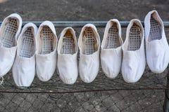 Άσπρα παπούτσια Στοκ Εικόνες