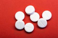 Άσπρα στρογγυλά χάπια Στοκ φωτογραφίες με δικαίωμα ελεύθερης χρήσης