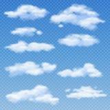 Άσπρα σύννεφα στη διαφανή μπλε διανυσματική απεικόνιση υποβάθρου διανυσματική απεικόνιση