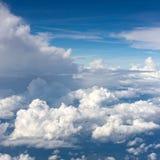 Άσπρα σύννεφα Στοκ εικόνα με δικαίωμα ελεύθερης χρήσης