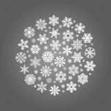Άσπρα snowflakes γύρω από το έμβλημα που απομονώνεται στο διαφανές υπόβαθρο απεικόνιση αποθεμάτων
