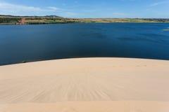 Άσπρη έρημος αμμόλοφων άμμου στο ΝΕ Mui, Βιετνάμ Στοκ Εικόνα