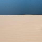 Άσπρη έρημος αμμόλοφων άμμου στο ΝΕ Mui, Βιετνάμ Στοκ Εικόνες