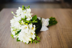 Άσπρη ανθοδέσμη των λουλουδιών Στοκ φωτογραφία με δικαίωμα ελεύθερης χρήσης