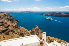 Άσπρη αρχιτεκτονική στο νησί Santorini, Ελλάδα Στοκ Φωτογραφία