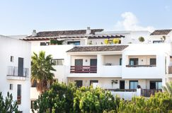Άσπρη διαβίωση σύνθετη, ξενοδοχείο, Μάλαγα, Ισπανία στοκ εικόνες με δικαίωμα ελεύθερης χρήσης
