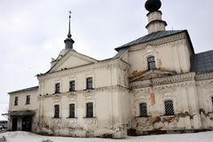 Άσπρη εκκλησία πετρών της Ρωσίας Στοκ φωτογραφίες με δικαίωμα ελεύθερης χρήσης