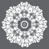 Άσπρη κυκλική διακόσμηση στο σύγχρονο ύφος Στοκ φωτογραφία με δικαίωμα ελεύθερης χρήσης