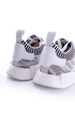 Άσπρη μαύρη δυσλειτουργία Camo της Adidas NMD R1 Primeknit Oreo Στοκ Φωτογραφία