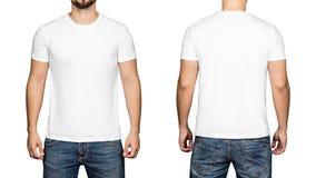 Άσπρη μπλούζα σε ένα υπόβαθρο, ένα μέτωπο και μια πλάτη νεαρών άνδρων άσπρο στοκ εικόνα