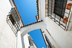 Άσπρη οδός ύφους της Ανδαλουσίας σε Poble Espanyol Στοκ φωτογραφίες με δικαίωμα ελεύθερης χρήσης