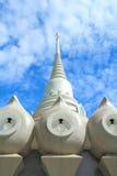 Άσπρη παγόδα στον ταϊλανδικό ναό Στοκ εικόνες με δικαίωμα ελεύθερης χρήσης