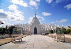 Άσπρη παγόδα του ναού paya Hsinbyume, Mingun, Mandalay - Myanma στοκ εικόνες με δικαίωμα ελεύθερης χρήσης