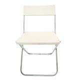 Άσπρη πλαστική καρέκλα που απομονώνεται στο λευκό στοκ εικόνα