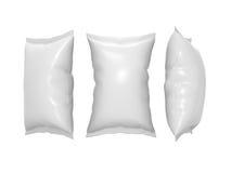 Άσπρη πλαστική σακούλα πρόχειρων φαγητών με το ψαλίδισμα της πορείας Στοκ Φωτογραφία