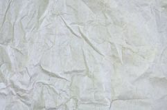 Άσπρη τσαλακωμένη επιφάνεια υποβάθρου εγγράφου κενή Τοπ άποψη χρωμάτων κάλυψης βιβλίων κρητιδογραφιών  Γκρίζο grunge φύλλο περγαμ Στοκ Εικόνα