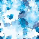 Άσπροι και μπλε άνευ ραφής λεκέδες watercolor σχεδίων Στοκ εικόνα με δικαίωμα ελεύθερης χρήσης