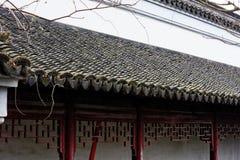 Άσπροι τοίχοι και μαύρο φάσμα κεραμίδι-Qingyun Στοκ Εικόνα