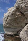 Άσπρος απότομος βράχος Chaul που αγνοεί τη θάλασσα Meditaranean σε Rosh HaNik Στοκ φωτογραφία με δικαίωμα ελεύθερης χρήσης