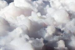 Άσπρος αφρός σαπουνιών στην παραλία ως υπόβαθρο Στοκ Φωτογραφία