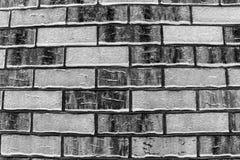 Άσπρος και μαύρος τουβλότοιχος Στοκ φωτογραφία με δικαίωμα ελεύθερης χρήσης