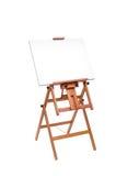 Άσπρος καμβάς ζωγράφων ξύλινο easel που απομονώνεται στο λευκό με το συνδετήρα Στοκ φωτογραφία με δικαίωμα ελεύθερης χρήσης