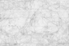 Άσπρος μαρμάρινος τουβλότοιχος σύστασης για το υπόβαθρο και το σχέδιο Στοκ εικόνα με δικαίωμα ελεύθερης χρήσης