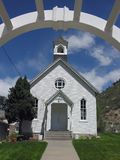 άσπρος ξύλινος εκκλησιών Στοκ Φωτογραφία