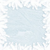 Άσπρος παγετός στο γυαλί και τα σύνορα κλαδίσκων - χειμερινό πλαίσιο Στοκ Εικόνα