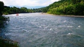 Άσπρος ποταμός που την άνοιξη στοκ φωτογραφίες με δικαίωμα ελεύθερης χρήσης