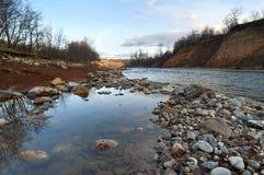 Άσπρος ποταμός στον Καύκασο Στοκ Εικόνες
