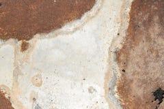 Άσπρος τοίχος σιδήρου με τη σκουριά στοκ φωτογραφία με δικαίωμα ελεύθερης χρήσης