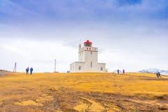 Άσπρος φάρος στο ακρωτήριο Dyrholaey, Ισλανδία Στοκ φωτογραφίες με δικαίωμα ελεύθερης χρήσης