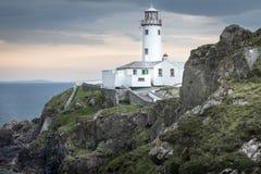 Άσπρος φάρος στο κεφάλι Fanad, Donegal, Ιρλανδία στοκ εικόνες με δικαίωμα ελεύθερης χρήσης